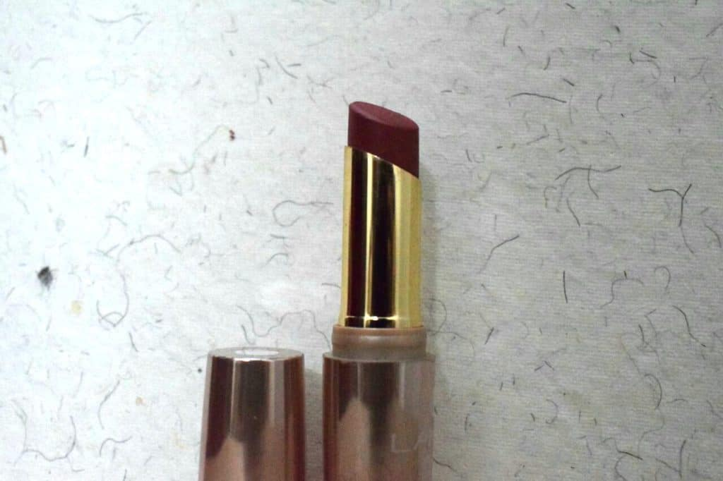 Lakme 9 to 5 Lipstick Scarlet Drill Review