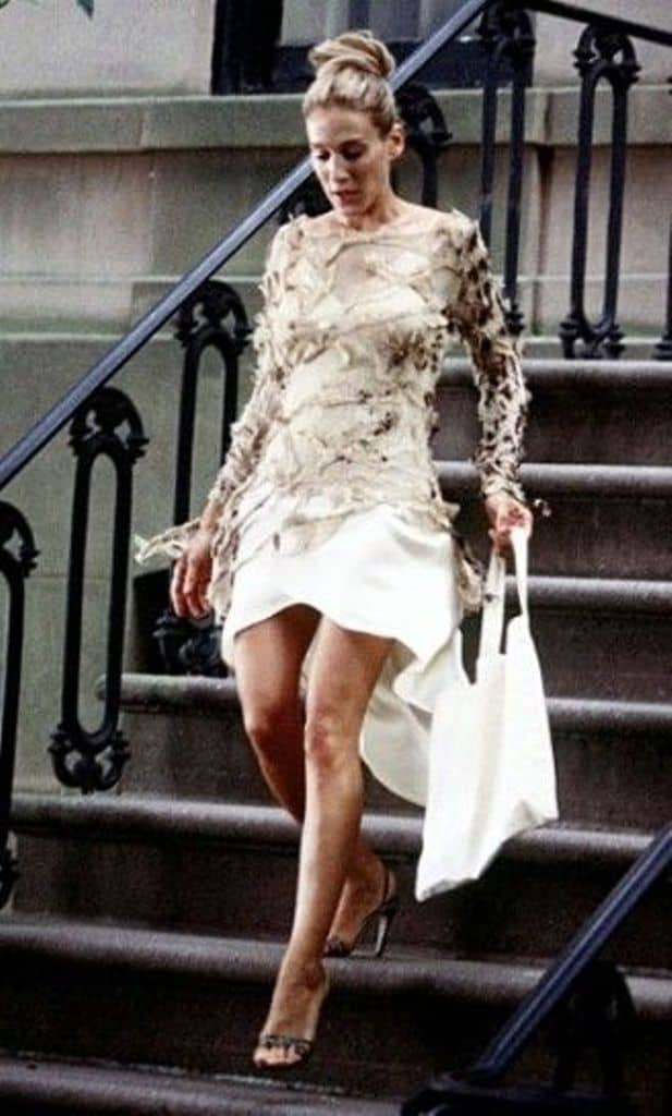 10 Carrie Bradshaw Dresses That Make Us Go Wow 9