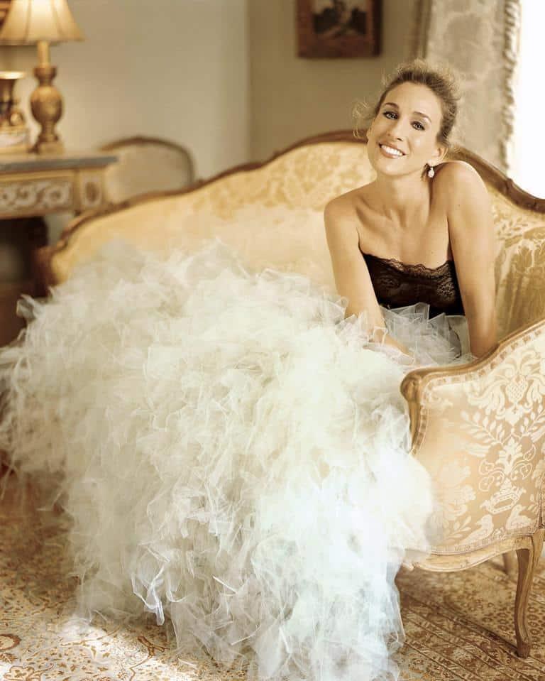 10 Carrie Bradshaw Dresses That Make Us Go Wow 7