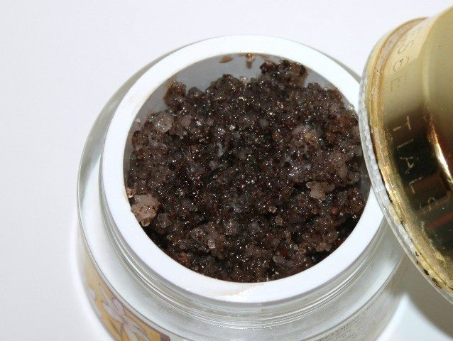DIY Coffee Body Scrub (7)