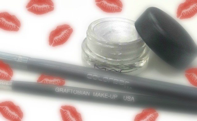 Mac Pro Longwear Panit Pot Chrome Angel Review