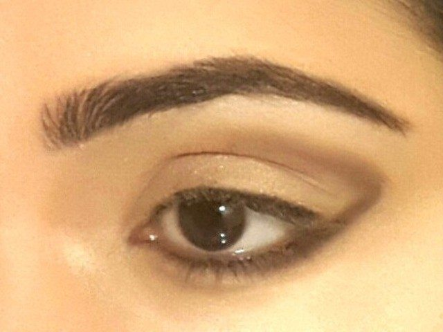 Gold and Green Smoky Eye Party Look Tutorial 6