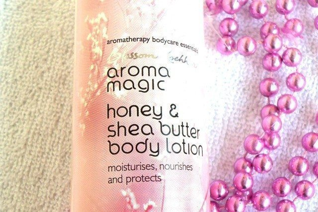Aroma Magic Honey and Shea Butter Body Lotion Review (3)