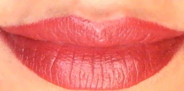 Maybelline colorshow Burgundy Blend Review Swatches 409 2