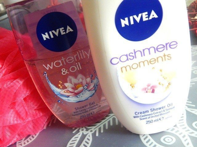Nivea Water lily & Oil Shower Gel and Cashmere Moments Cream Shower Oil Review 6