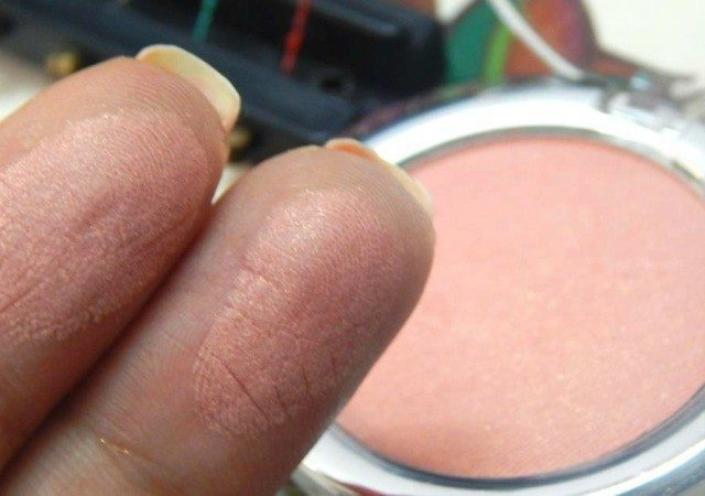 The Body Shop All in One Blusher Ginger 02 Review 5