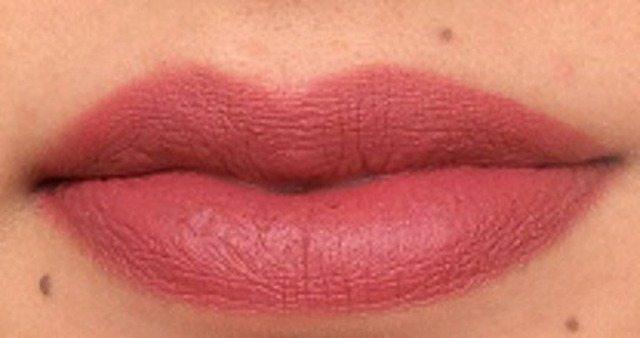 Chambor Powder Matte Lipstick Rose Fresque Review 3