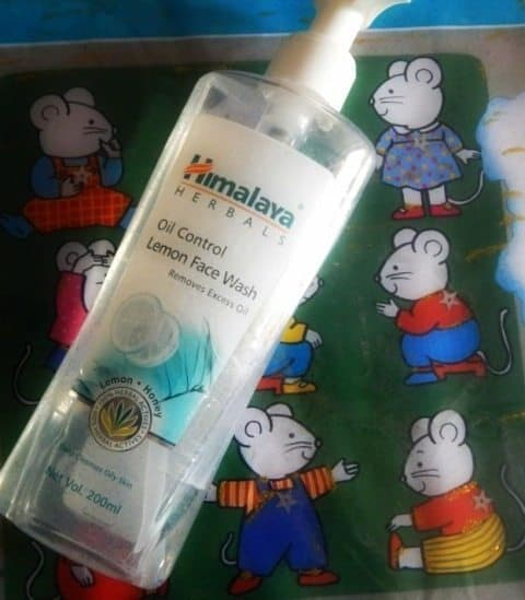Himalaya Oil Control Lemon Face Wash Review 4