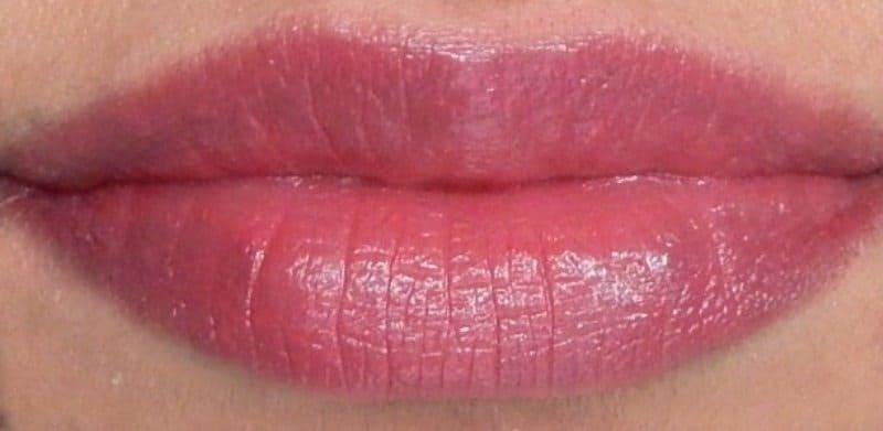 revlon super lustrous lipstick shine in pink sizzle berry
