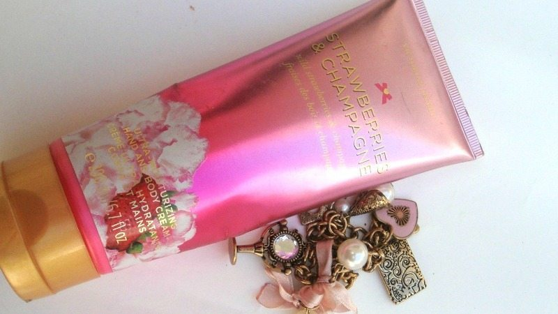 victorias secret strawberries and champagne hand and body lotion review
