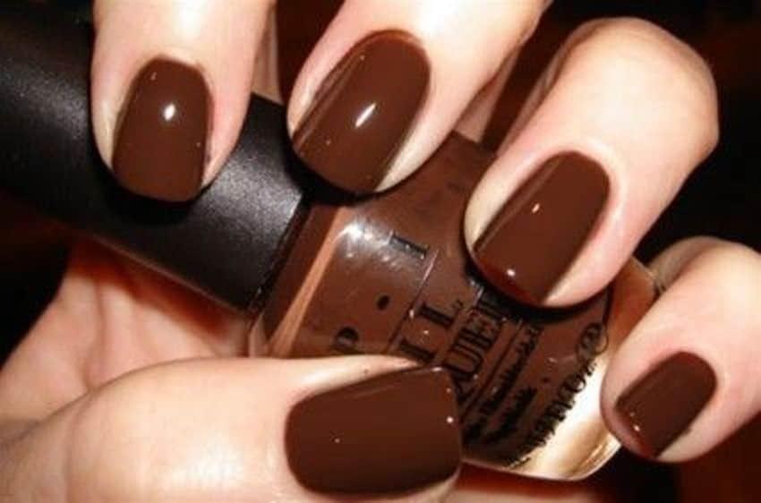 Шоколадный цвет лака для ногтей