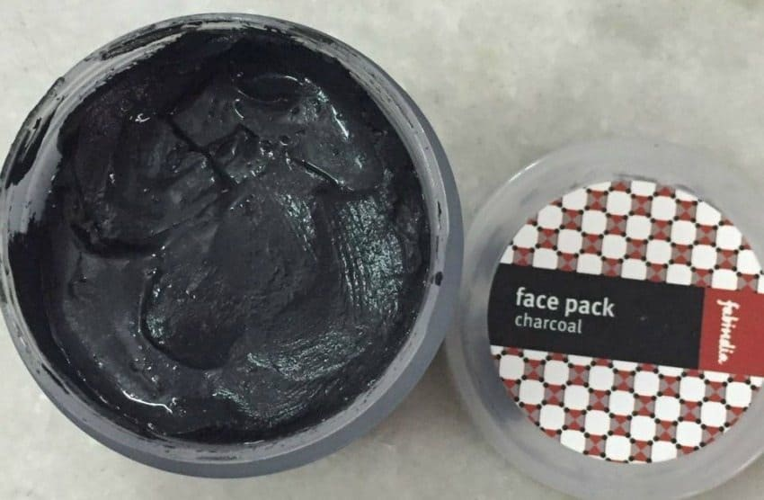 Fabindia Charcoal Face Pack Review 3