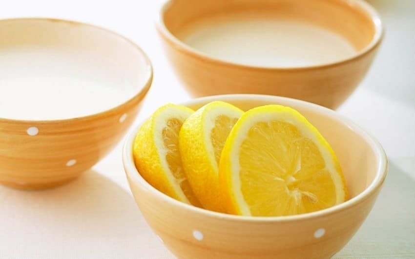Lemon Baking Soda Scrub 3