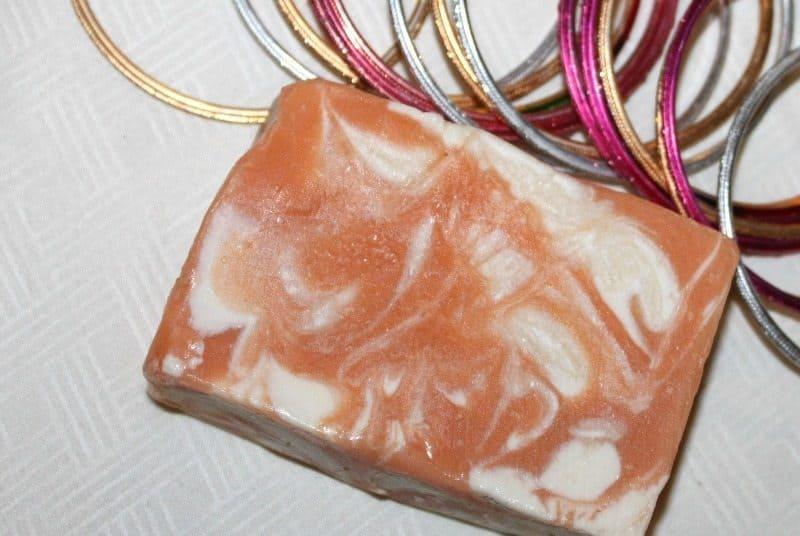 Soapworks India Turmeric and Sandalwood Soap (Haldi and Chandan) Review