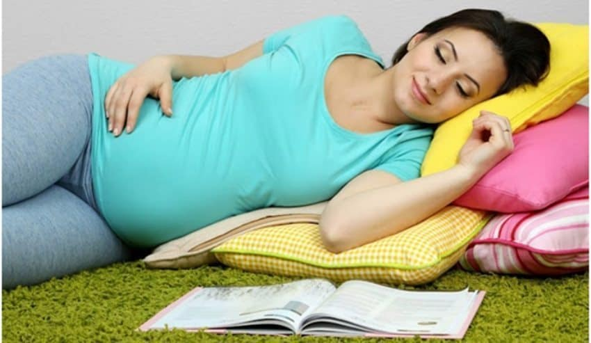 The Positions for Pregnant Women Sleep