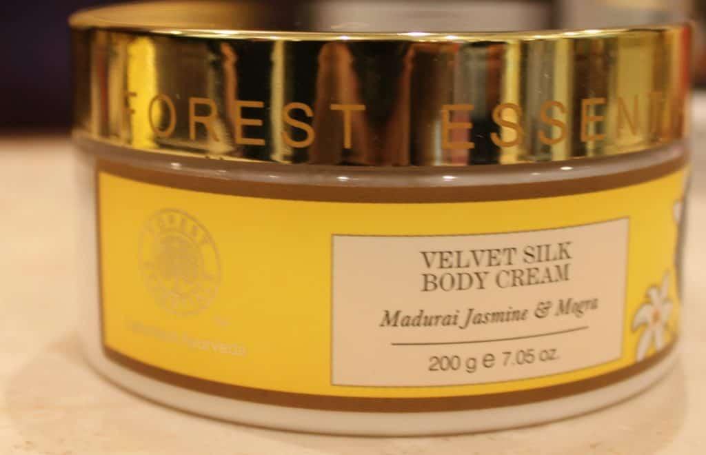 Forest Essentials Velvet Silk Body Cream Madurai Jasmine & Mogra Review