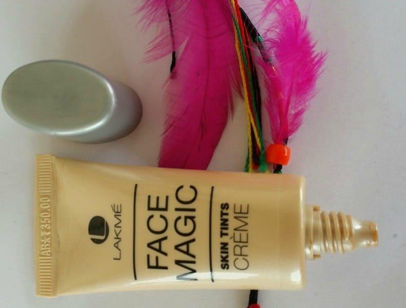 Lakmé Face Magic Skin Tints Crème Review 4