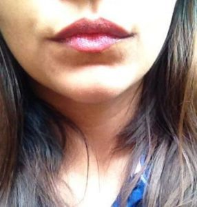 Lakme Absolute Plump and Shine Lip Gloss Candy Shine Review