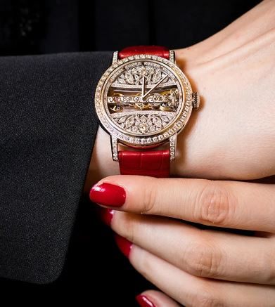 Which are the Top 10 High End Watches For Women India 2019 ? 3