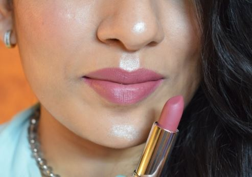 Which are the Most Popular Maybelline Lipsticks Shades? 4