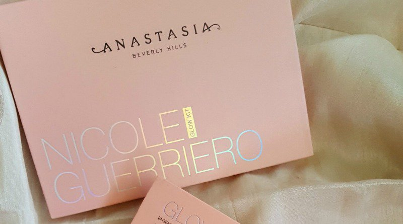 Anastasia Beverly Hills Nicole Guerriero Glow Kit 2