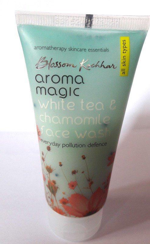 Aroma Magic White Tea and Chamomile Face Wash Review