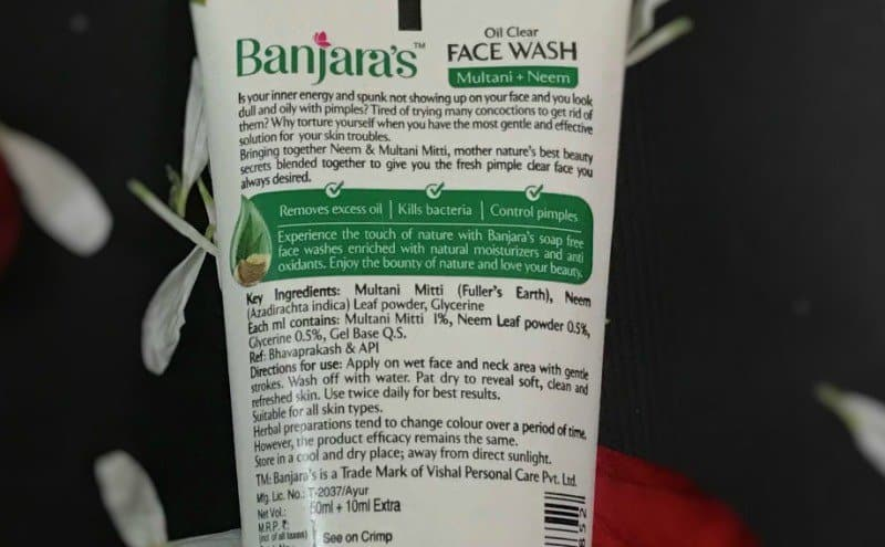 Banjaras Oil Clear Facewash with Neem + Multani Mitti  1