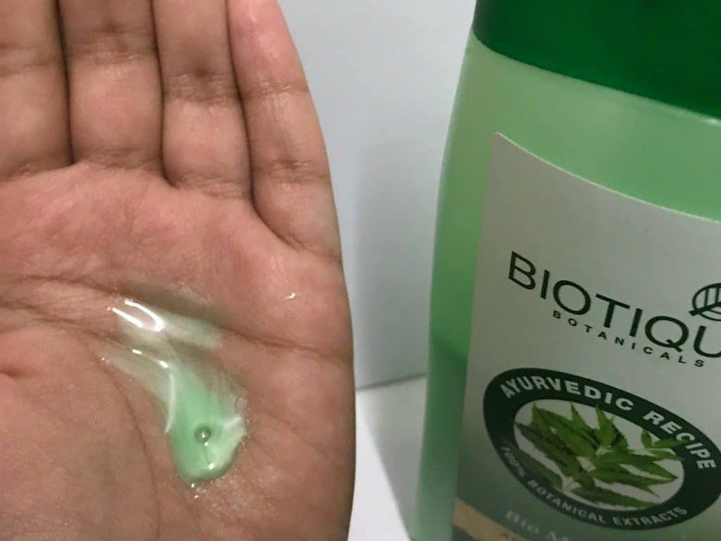Biotique Botanicals Bio Margosa Anti-Dandruff Shampoo & Conditioner Review 1