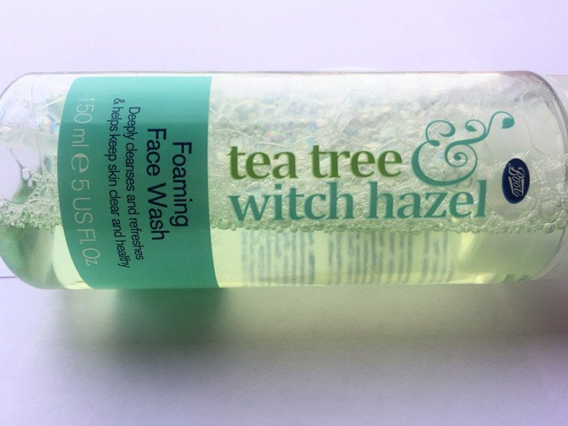 Boots Tea tree and Witch Hazel Foaming Face Wash Review (3)