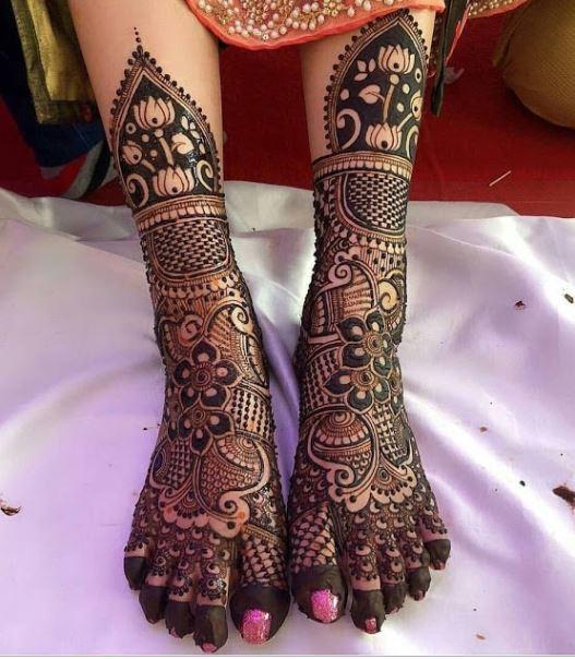 Lotus Pattern Half-leg Henna
