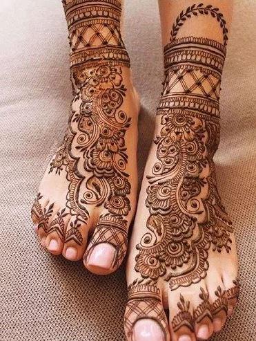 # Floral Leg Mehendi