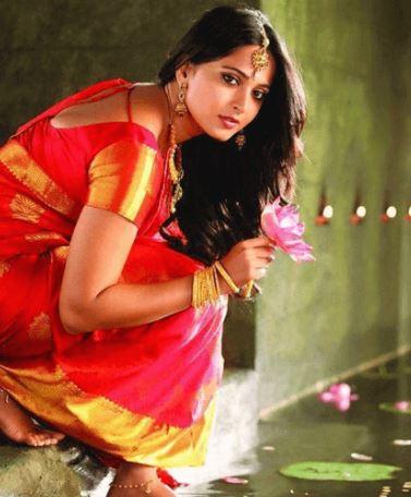 Anushka Shetty Age Biography Etc