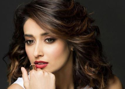 Ileana D'Cruz Age Biography Etc