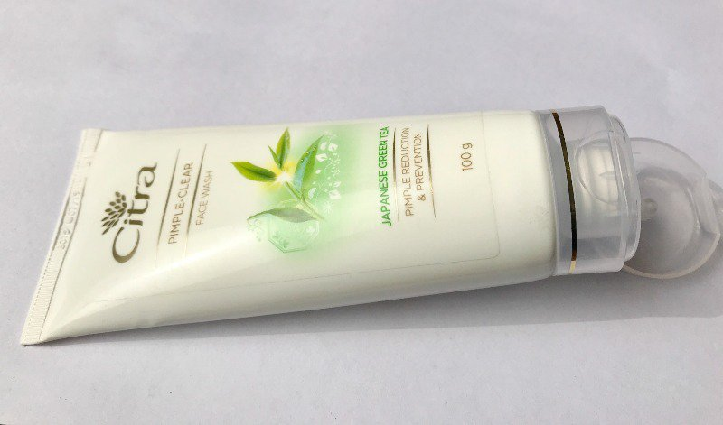 Citra Pimple-Clear Face Wash Enriched With Japanese Green Tea Review 2