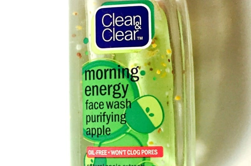 Clean and Clear Morning Energy Face Wash Purifying Apple