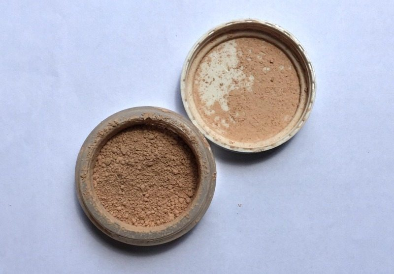 Elf Mineral Foundation Powder SPF 15 Review 2