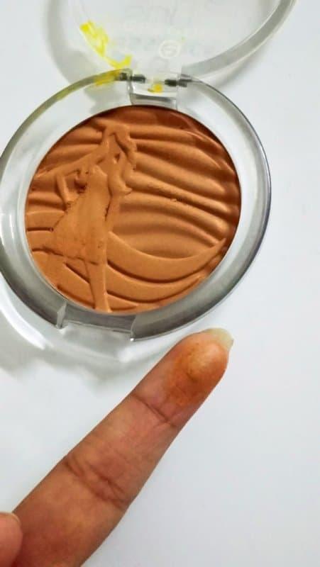 Essence Sun Club Shimmer Bronzing Powder 20 Suntanned 3