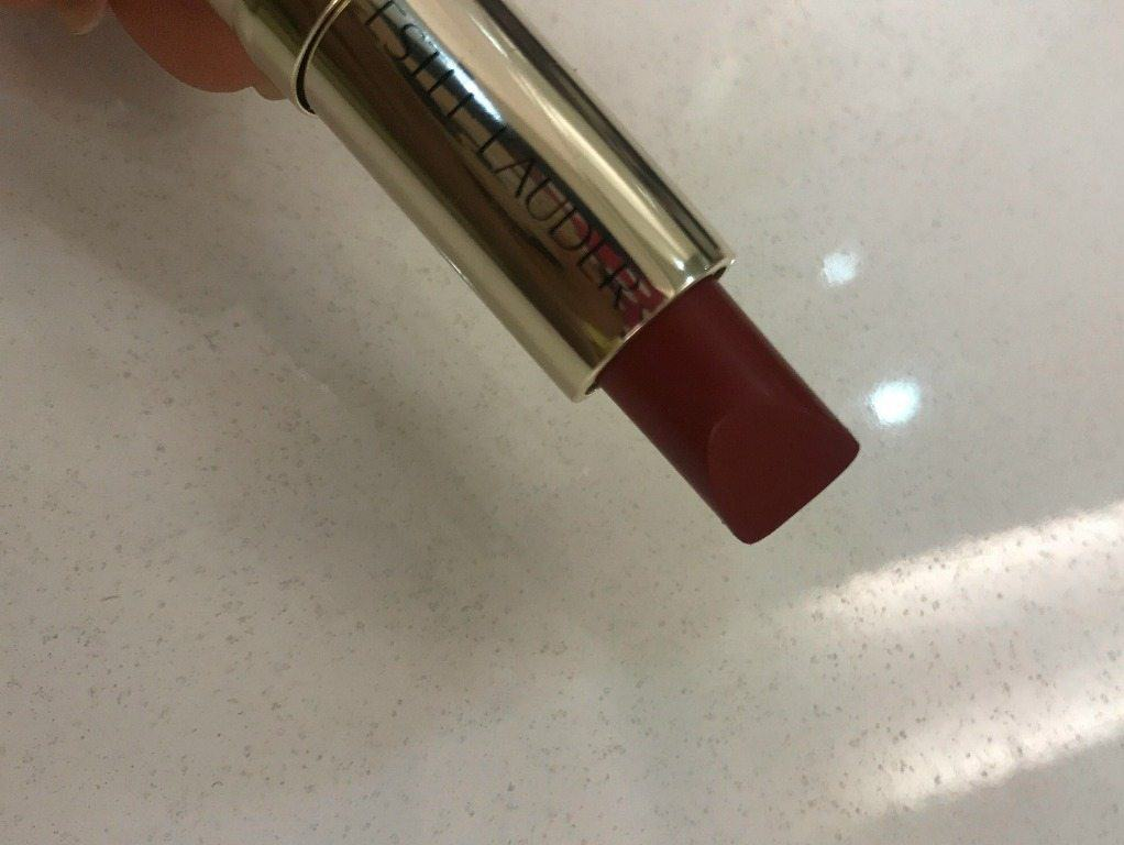 Estee Lauder Pure Color Love Lipstick Burning Love 320 Review 6