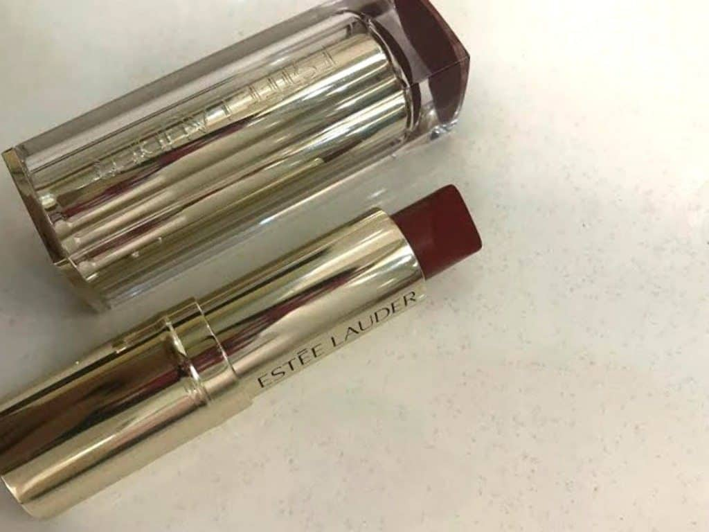 Estee Lauder Pure Color Love Lipstick Burning Love 320 Review 7