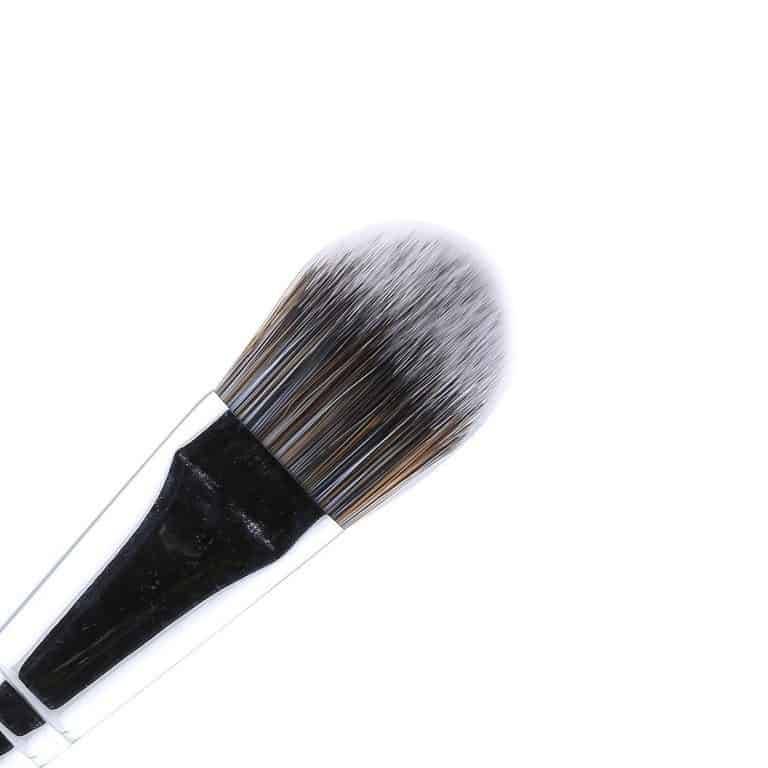 Different types of makeup brushes and their uses for Different foundations