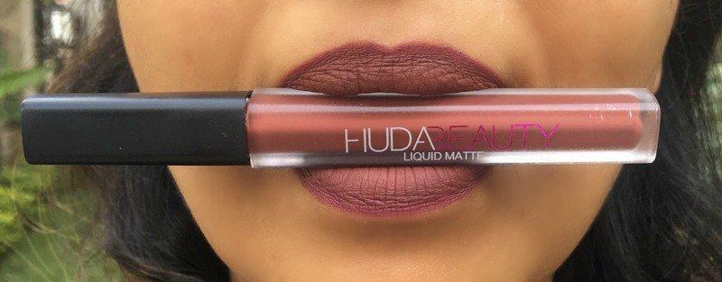 HUDA Beauty Vixen Liquid Matte Lipstick 1