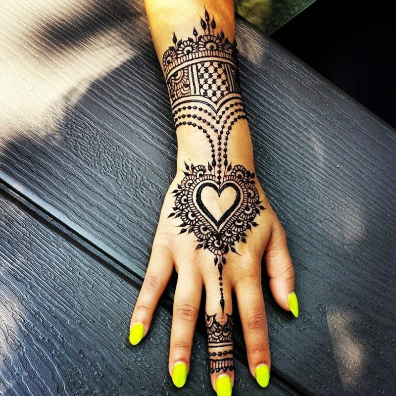 Henna Designs – Choose your Love Mehendi Design with Hearts 4