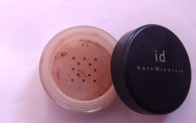 ID Bare Minerals Foundation SPF 15 Review 2