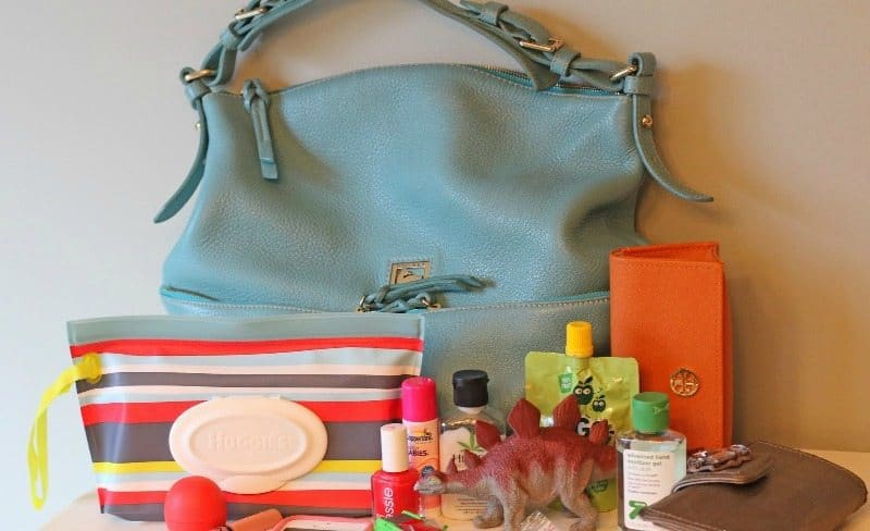 You MUST Keep These things in Your Handbag