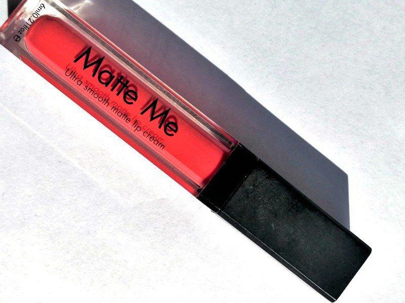 Incolor Matte Me Lipstick 424