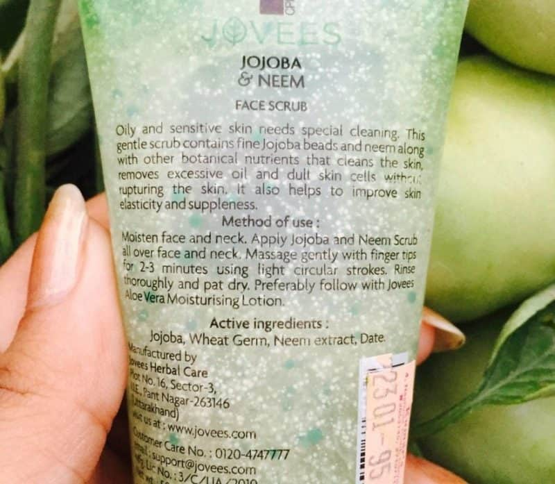 Jovees Jojoba and Neem Scrub Review 3
