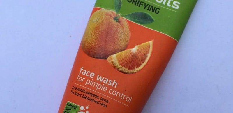 Joy Skin Fruits Purifying Face Wash For Pimple Control 1