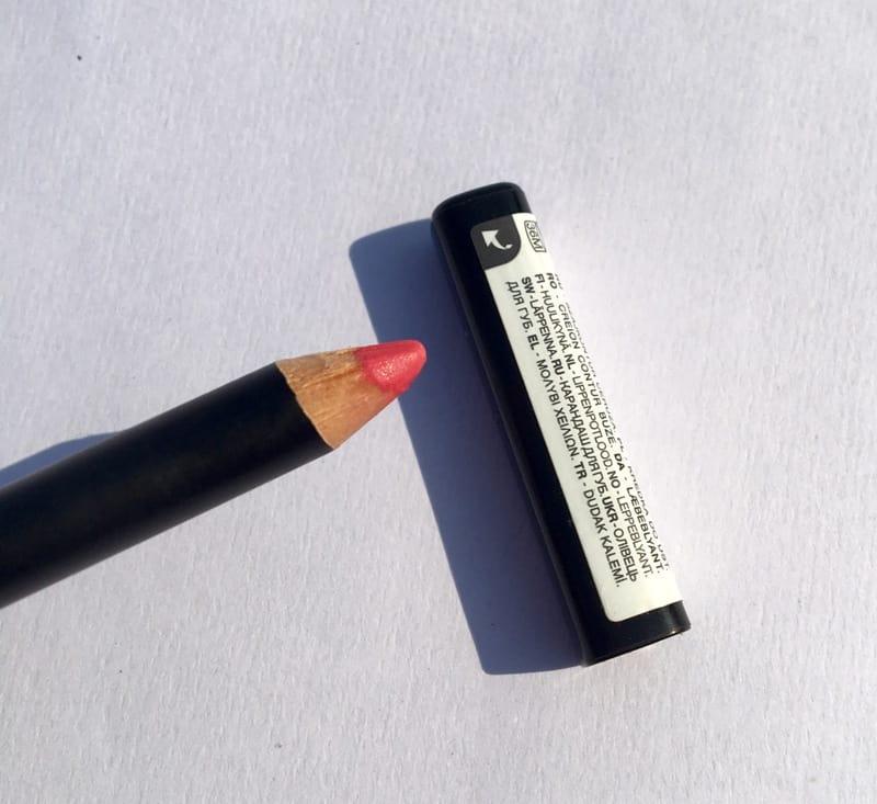 Kiko Milano  The Strawberry Pink Lip Pencil 3