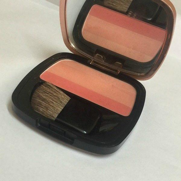 L'Oreal Paris Lucent Magique Blush Blushing Kiss 04 Sunset Glow Review