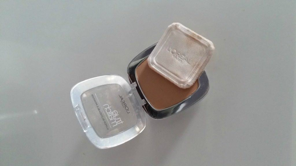 L'Oreal Paris True Match Super Blendable Powder 2